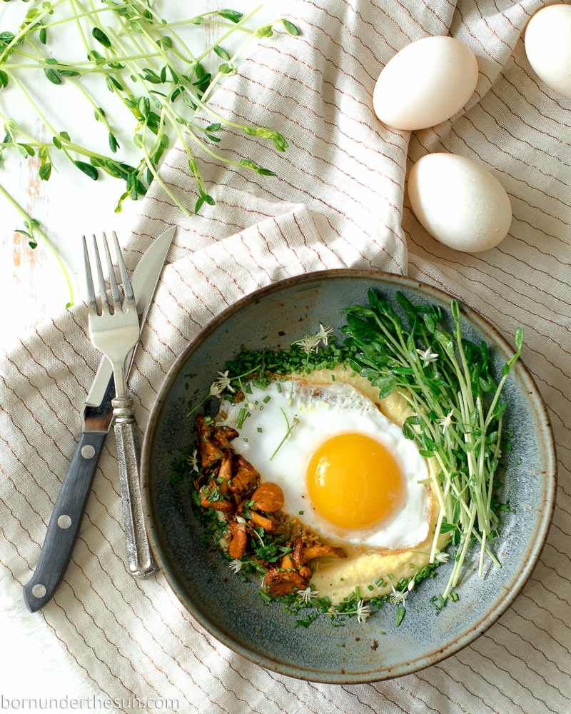 Cauliflower grits, chanterelle and the perfect sunny side upegg